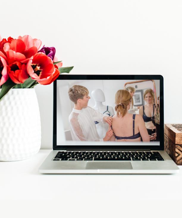expert virtual bra fitting demonstration on laptop