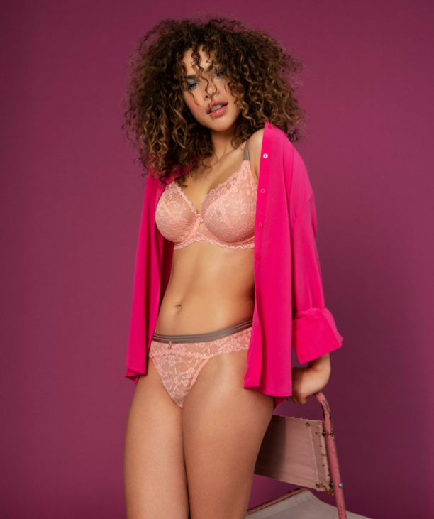 Book a Bra Fitting appointment with Sarah Connelly